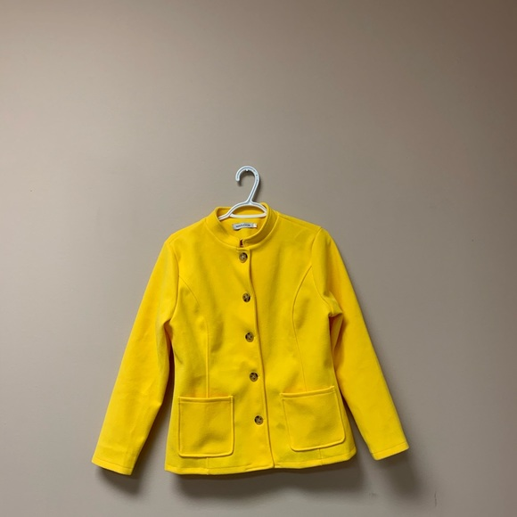 Jackets & Blazers - Women's Yellow Coat/Jacket brand new with tag